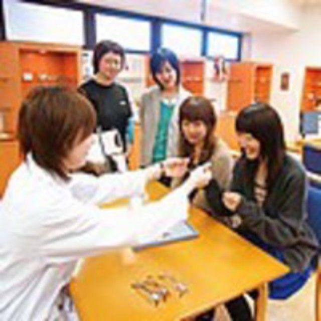 東京眼鏡専門学校 眼鏡士の仕事と資格がよくわかる「学校説明会」3