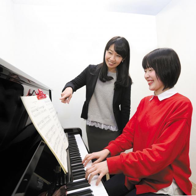 経専北海道保育専門学校 大人気のピアノレッスン体験♪はじめてのひとも大歓迎です!2