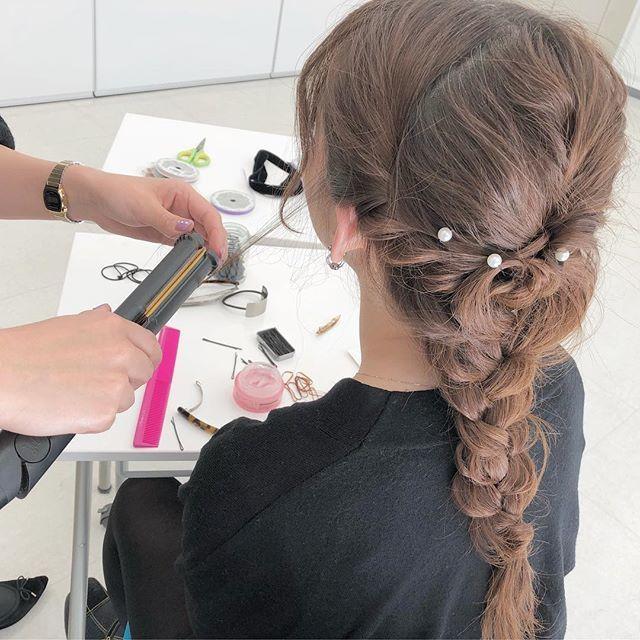 大阪ベルェベル美容専門学校 ヘアカットやメイクやネイルも!一日美容師体験♪4