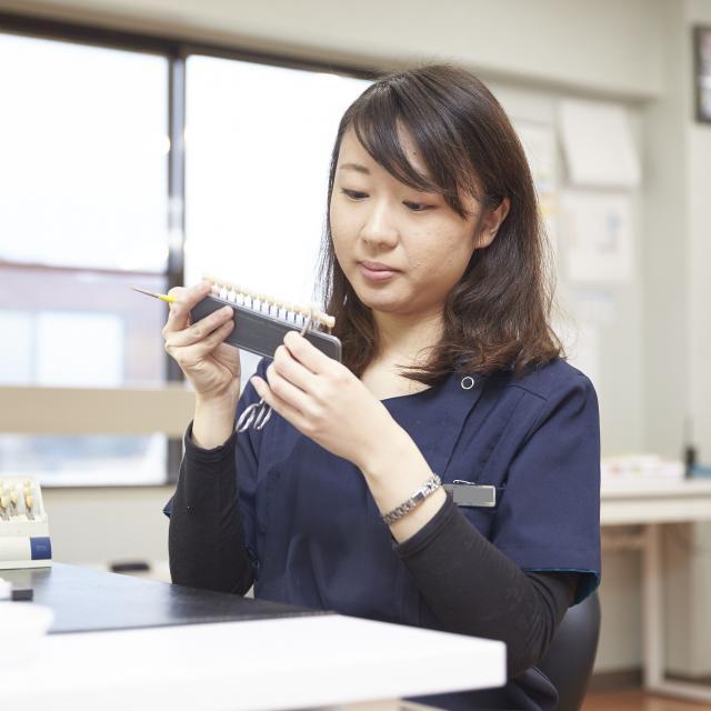 博多メディカル専門学校 ワクワク♪マイグッズづくり☆★5月歯科技工士科2