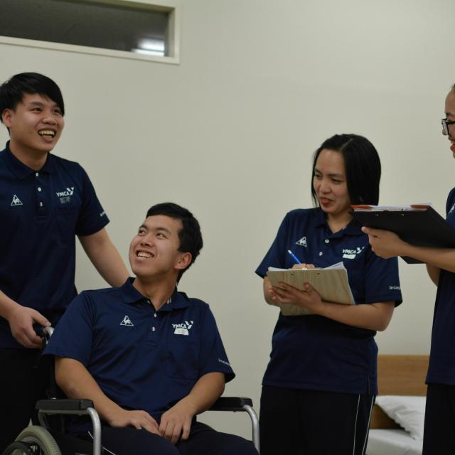 京都YMCA国際福祉専門学校 オープンキャンパス「介護技術」1