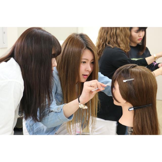 中日美容専門学校 1つ選んでプチ体験DAY1