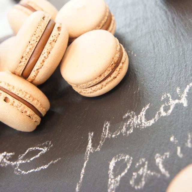 神戸国際調理製菓専門学校 ★6月フランスフェア★【パリのマカロン】1