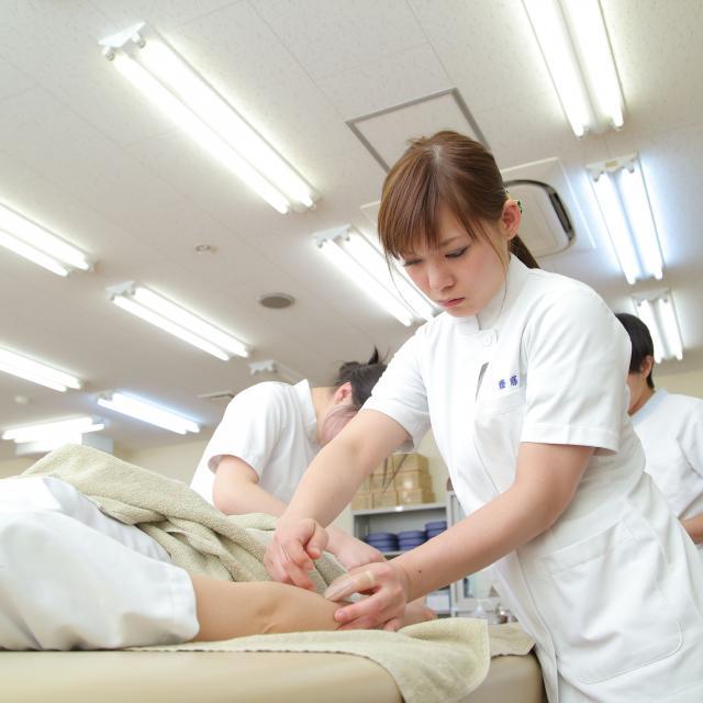 お茶の水はりきゅう専門学校 テニス肘、野球肘を東洋医学で治療しよう!   1