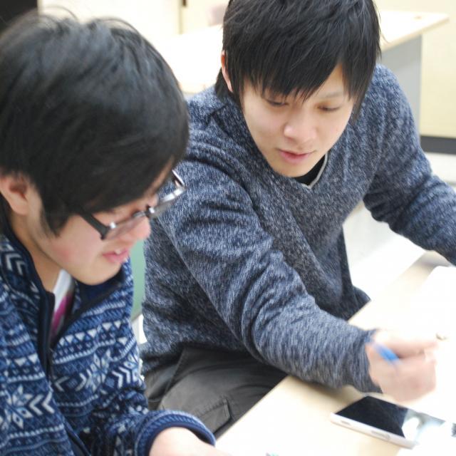 和歌山コンピュータビジネス専門学校 CGコースでイラスト講座ゲームのエフェクト効果を体験しよう!2
