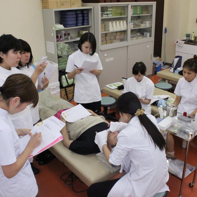 お茶の水はりきゅう専門学校 【体験しよう!】こどもの健康を守る鍼灸を学んでみよう!1