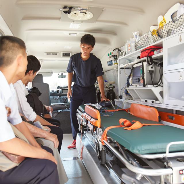 新潟医療福祉大学 【救急救命士】の仕事体験!救急現場の実際を見てみよう!3