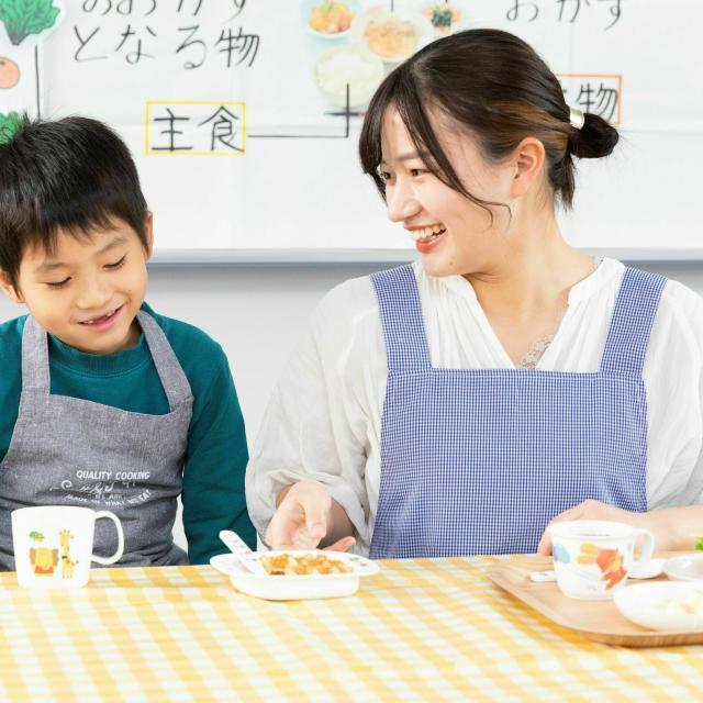 東京栄養食糧専門学校 栄養士資格『+1』の資格を目指せ! Wライセンスの魅力2