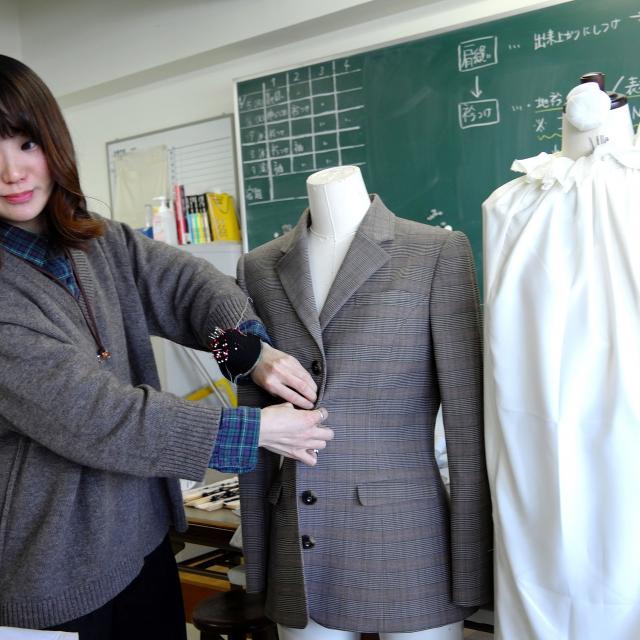 ファッション文化専門学校DOREME 現場のプロから学ぶ!接客ロールプレイング体験2