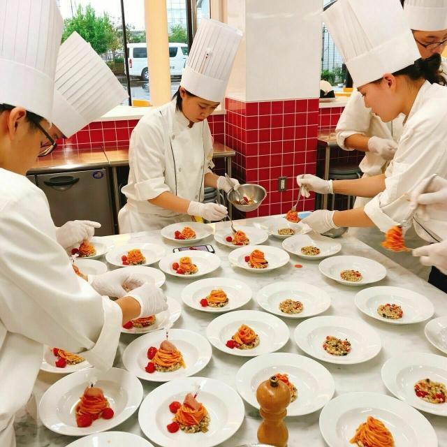東日本調理師専門学校 【 中国料理 】黒ゴマシフォン ~見学&試食会~2