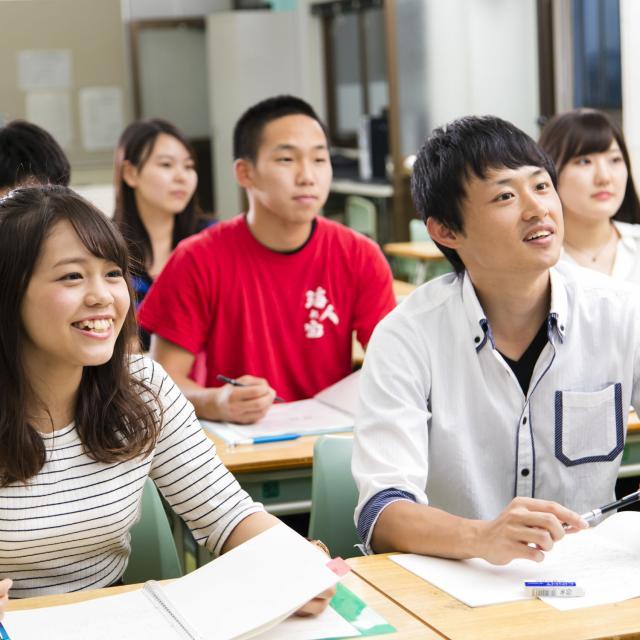横浜高等教育専門学校 いよいよ新年度がスタート。進学先を見学してみませんか?3