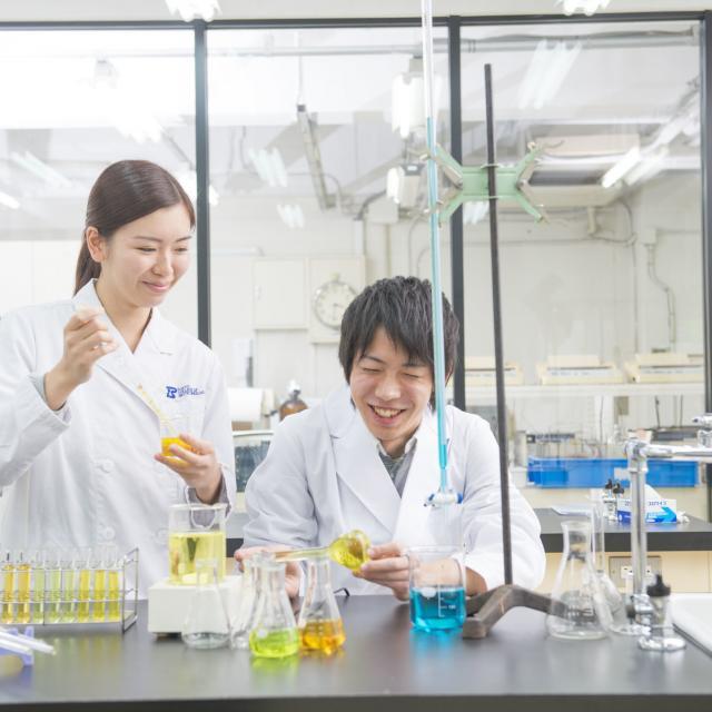 東京バイオテクノロジー専門学校 【バイオフェス:先生と在校生の雰囲気が分かる!】1