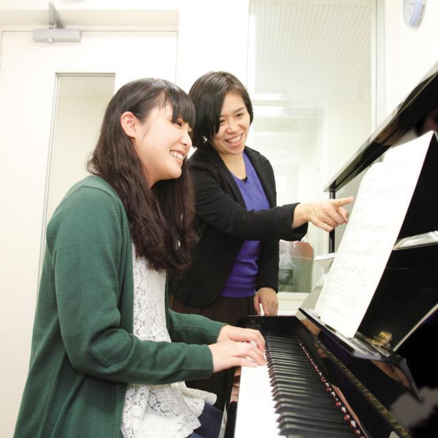 経専北海道保育専門学校 大人気のピアノレッスン体験♪はじめてのひとも大歓迎です!1