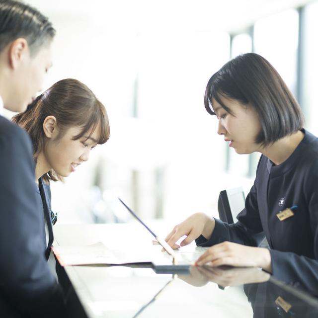 札幌観光ブライダル・製菓専門学校 一流のサービスが提供できるホテルスタッフを目指そう☆1