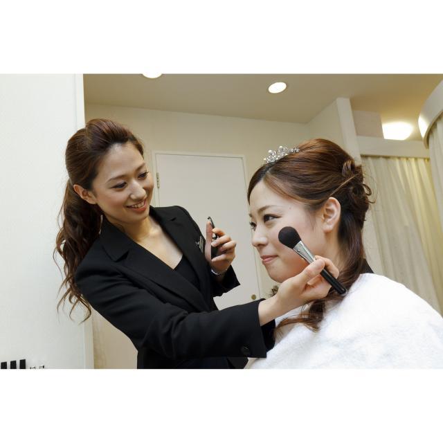 【9月】ブライダルヘアメイク&ドレス科