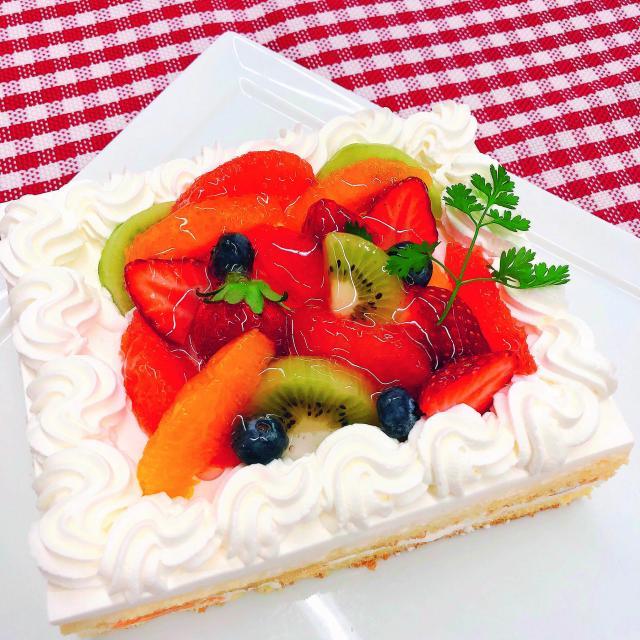 名古屋スイーツ&カフェ専門学校 【オープンキャンパス】ショートケーキ1
