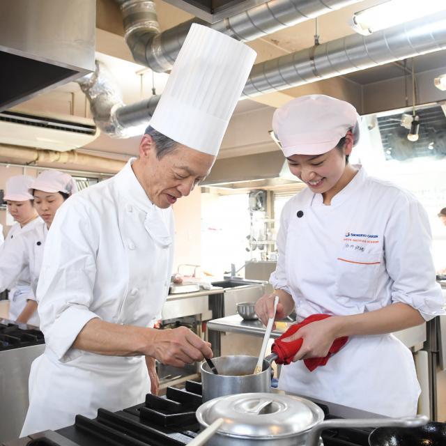 東京栄養食糧専門学校 どんな授業か見てみよう2