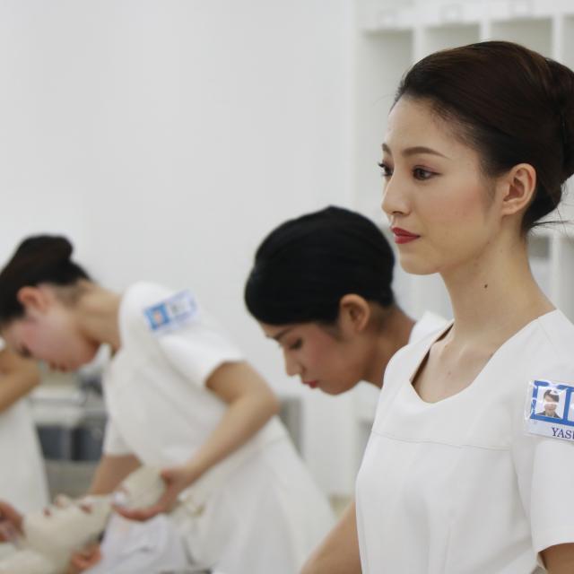 YIC京都ビューティ専門学校 肌診断付きフェイシャルエステ体験3