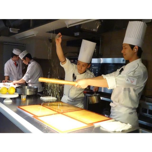 大阪調理製菓専門学校ecole UMEDA AO入試エントリー資格取得!仔牛のポワレ 白ワインソース2