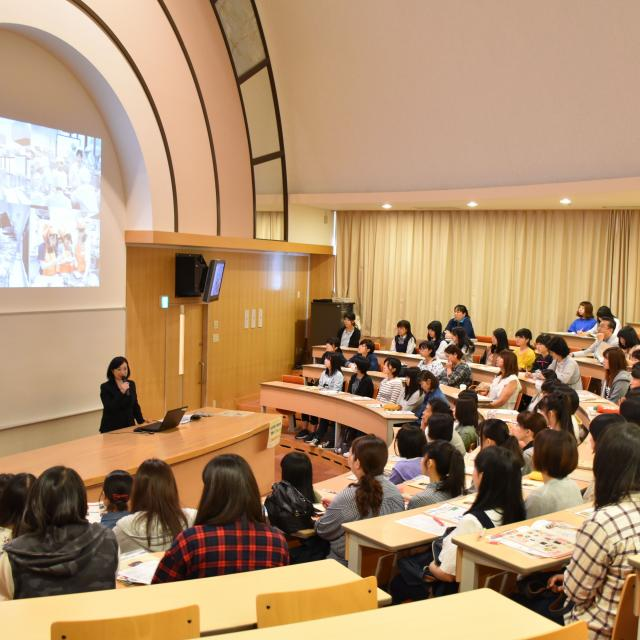 光塩学園女子短期大学 キャンパス見学会3