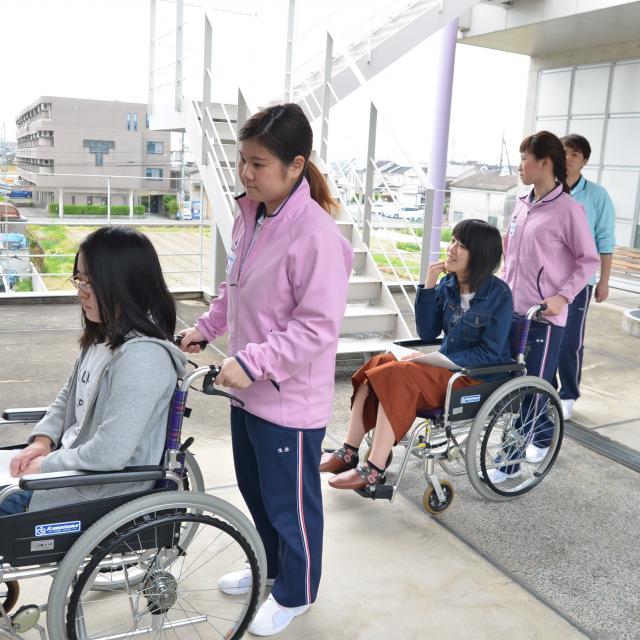 京都福祉専門学校 オープンキャンパス ~ 学生スタッフと介護体験 ~3