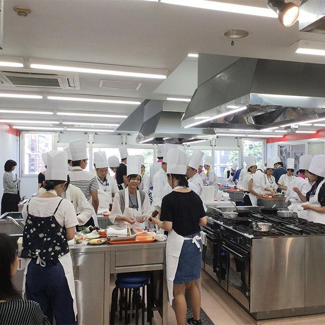 東京調理製菓専門学校 シュークリーム3