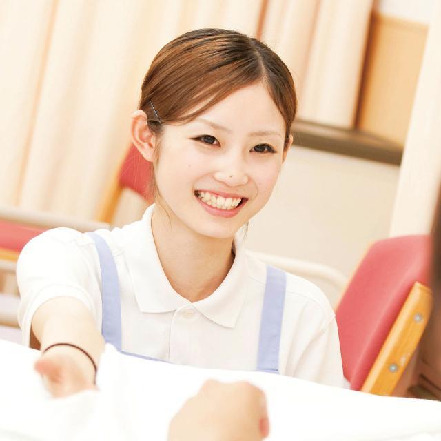 日本福祉教育専門学校 介護福祉士の仕事・活躍する業界について知る1