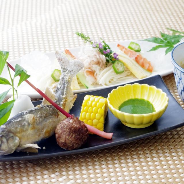 愛知調理専門学校 夏味!アユの姿焼きと胡麻しゃぶ涼麺1
