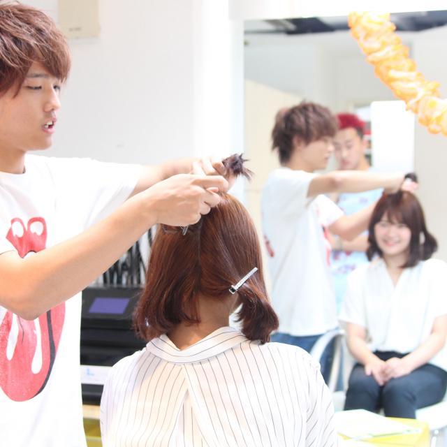 山野美容芸術短期大学 夏の肌ケア対策&美容体験オープンキャンパス2