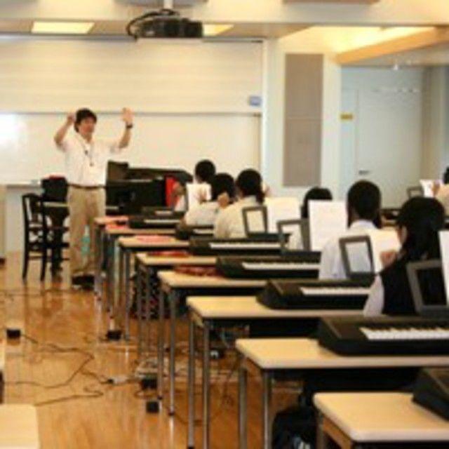 蒲田保育専門学校 【ピアノ講習会】保育分野のピアノを体験してみよう♪2