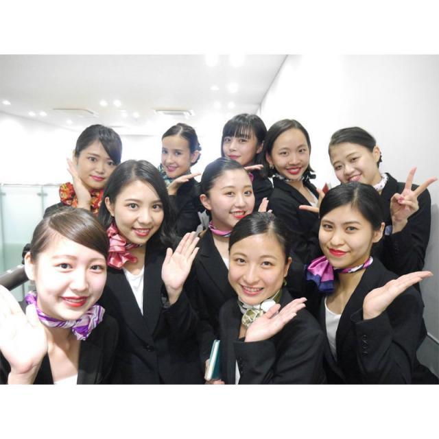 名古屋外語・ホテル・ブライダル専門学校 CAを目指す素敵な先輩が明るくサポート!国際エアラインコース3