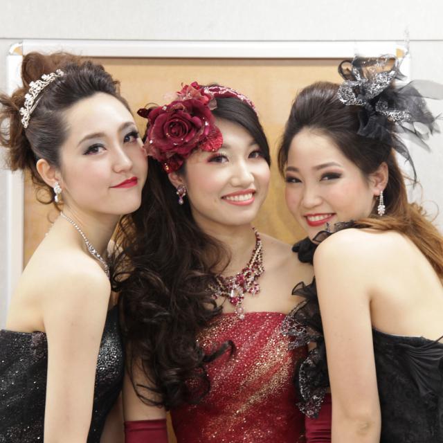 神戸ベルェベル美容専門学校 バレンタインにピッタリなヘアアレンジやメイクを体験しよう♪3