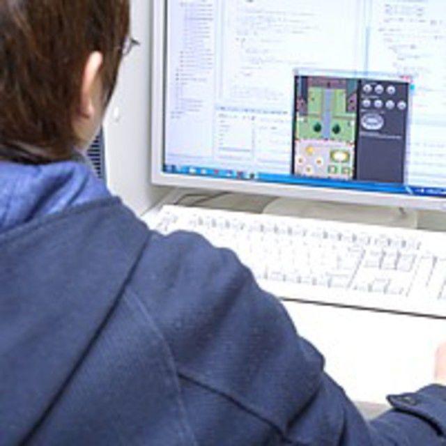 KCS福岡情報専門学校 アクションゲームや3DCGの制作にチャレンジ!1