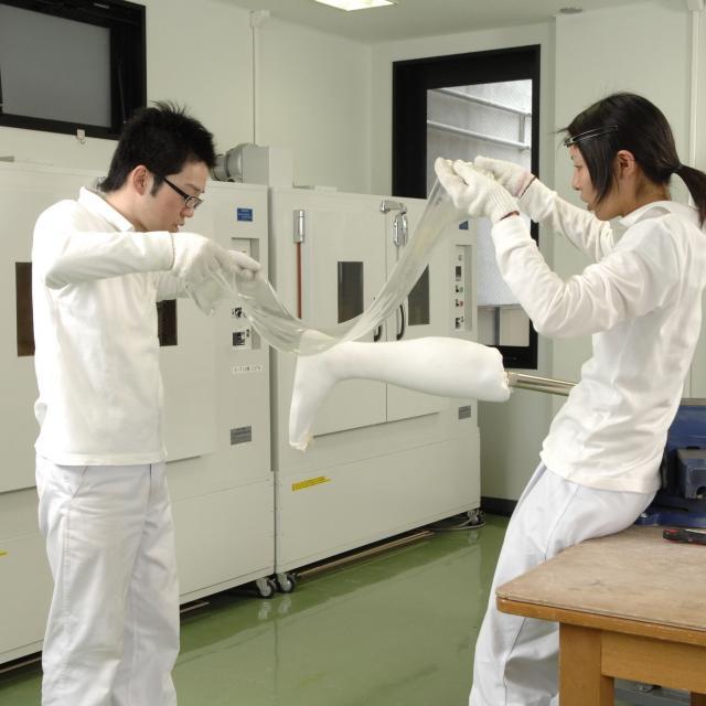 西武学園医学技術専門学校 東京新宿校 オープンキャンパス(義肢装具学科) 印象材による指採型4