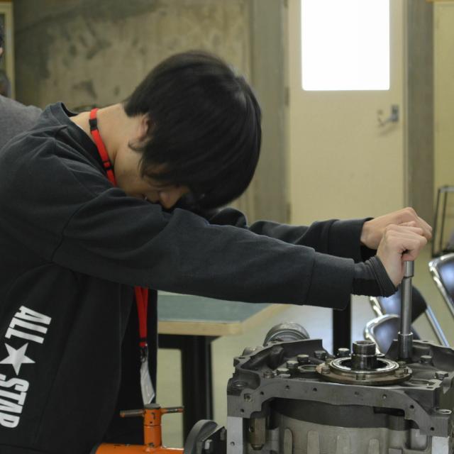 中日本自動車短期大学 自動車整備士に興味ある方必見!4