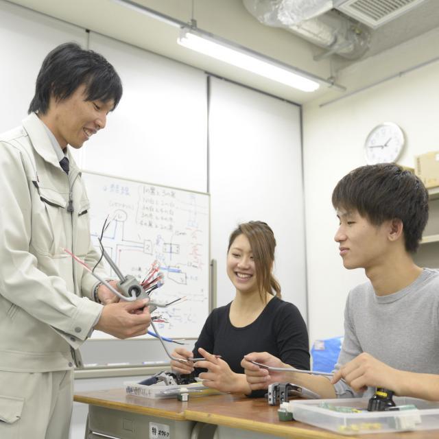 東海工業専門学校金山校 G:建築設備コース1