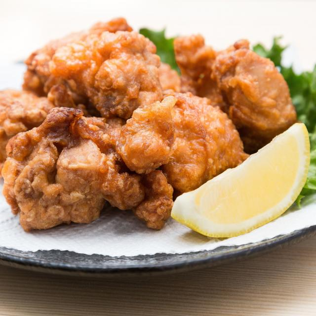 東京多摩調理製菓専門学校 やわらかジューシー 鶏から揚げ1