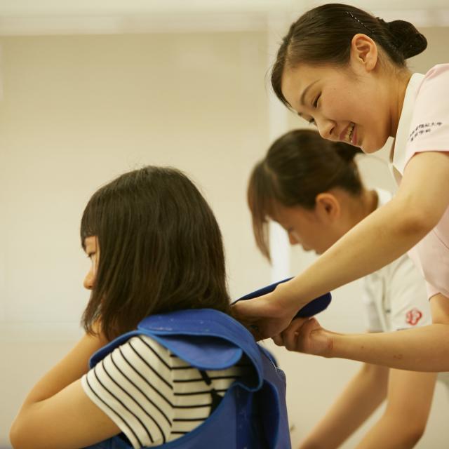 新潟医療福祉大学 ピッタリの未来が見つかる!全13学科による職業体験プログラム1