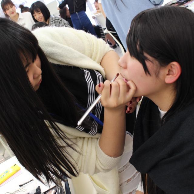 アイエステティック専門学校 6/2(土)最新トレンド★なりきりメイク1