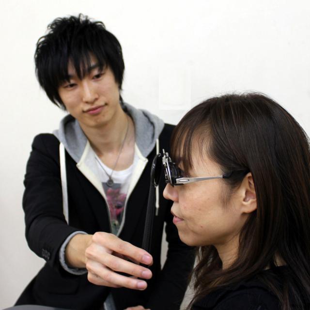 専門学校 ワールドオプティカルカレッジ 知っていますか?「メガネ」を必要としている人が何人いるのか。1