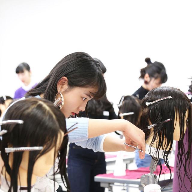 名古屋美容専門学校 ☆トップスタイリストに変身!3