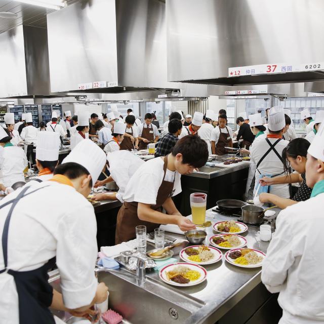 新宿調理師専門学校 8月25日(土)肉祭り!第二弾1
