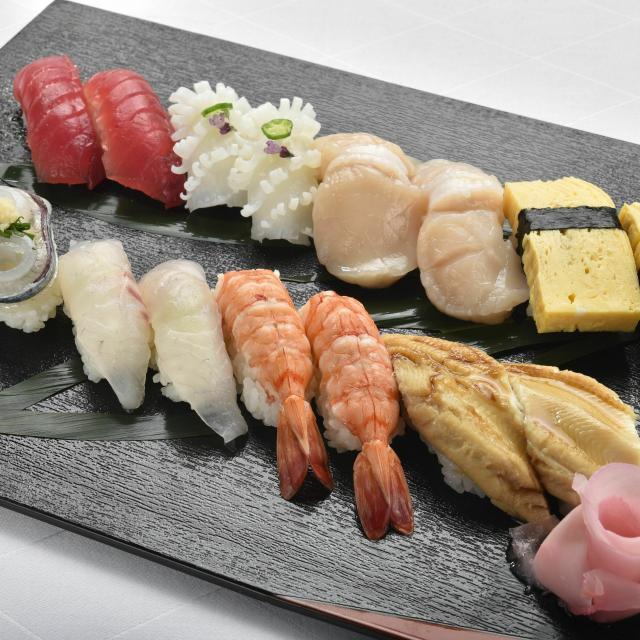 東京調理製菓専門学校 握り寿司1