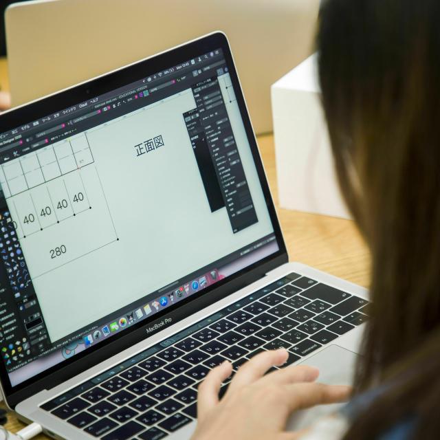 専門学校日本デザイナー学院 ベクターワークス体験講座1