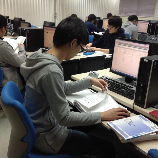 専門学校山形V.カレッジ 【情報システム科】プログラミングに挑戦!体験入学会開催中!2