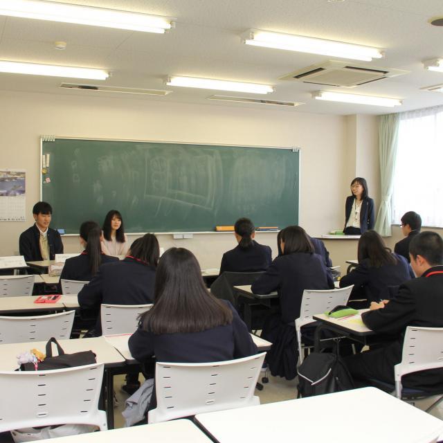 上野法律ビジネス専門学校 大学生より早く公務員大卒程度試験合格を目指す【法律行政学科】4