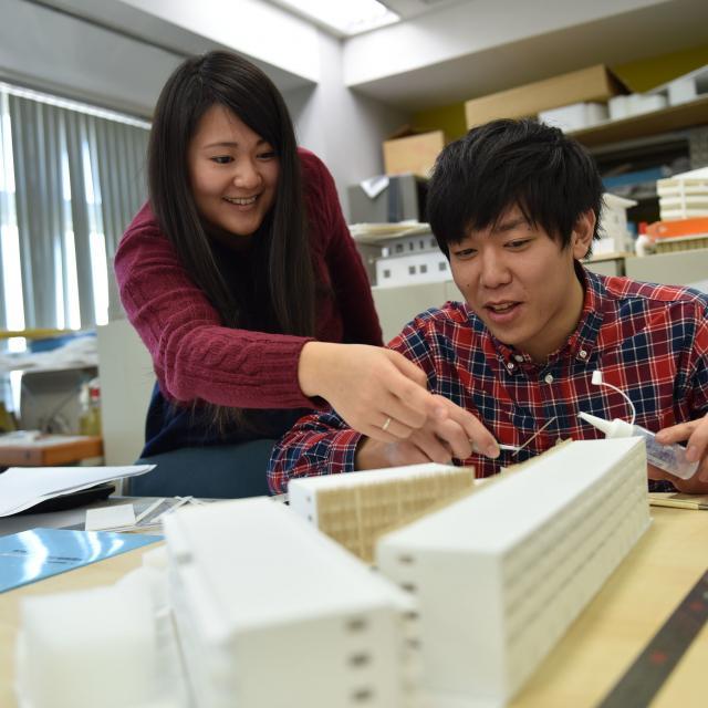 専門学校東京テクニカルカレッジ [建築監督科]半日体験~「大きな空間をつくる」1