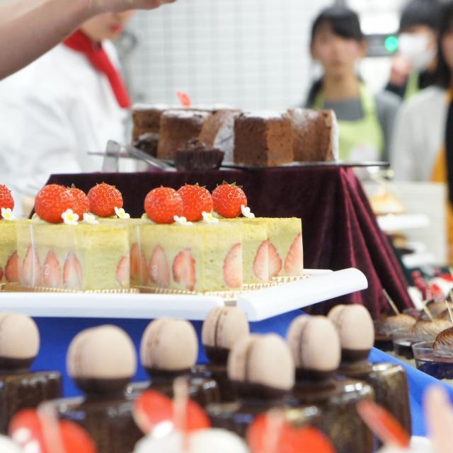 神戸国際調理製菓専門学校 ☆製菓☆【体験実習】ベイクドチーズケーキ(*^^*)3