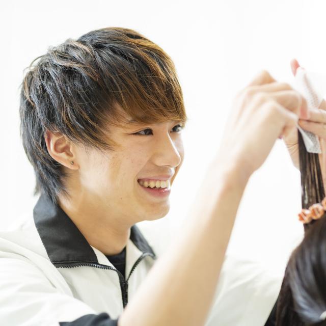 国際ビューティモード専門学校 メンズ体験充実!美容師希望の男子集まれ!!4