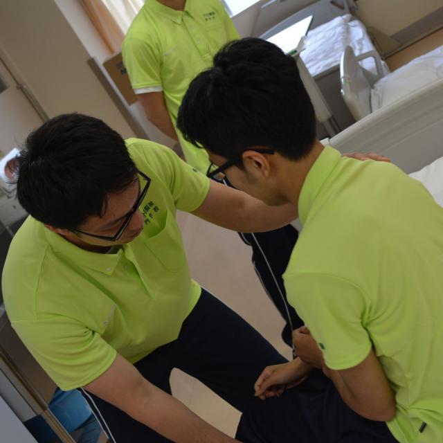 千住介護福祉専門学校 スペシャルイベント「お年寄りの気持ちを知ろう~高齢者体験~」2